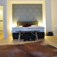 Six! Eat Work Sleep, hotel in Brühl