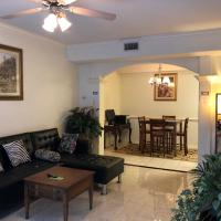 YOUR ENTIRE HOME - 2 BEDROOMS - HUGE KING-QUeEN FULLY FURNISHED