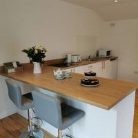 Couples Country Escape includes Private Indoor Pool and Hot tub in North Wales, hotel in Bagillt