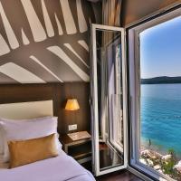 Hotel Palma, hotel u Tivtu