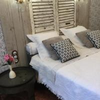 Chez Les Brocs B&B, hotel in Canet d'Aude