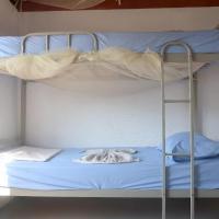 Atauro Dive Resort Backpackers Hostel, hotel in Beloi