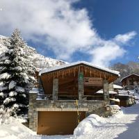 Monster Chalets, hotel in Le Bettaix