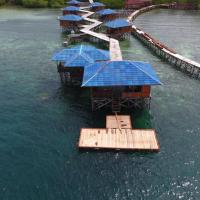 TPK48 Dive Resort, hotel in Waisai