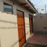 Los Cipreses 2, hotel in Chaclacayo