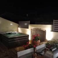 Anemomilos Jacuzzi Suite