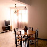 Fully equipped 3-bedroom Apt in downtown Praia