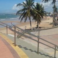 Kitnets com AR Condicionado na Praia, hotel in Itapuã, Salvador