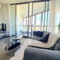 Luxury Level 2-bed 2-bath City View Apt in Olympic Park