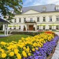 Zámeček Petrovice - free wellness, отель в городе Petrovice u Karviné