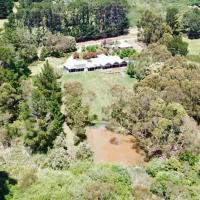 The Orchard Luxury Accommodation, hotel in Red Hill South