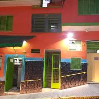 Carlito's Hostel, hotel in Santa Rita do Sapucaí