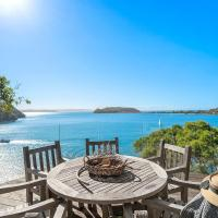 Cape Mackerel Cabin with Magic Palm Beach & Pittwater Views