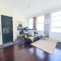 Museum Street Apartment, sleeps 3