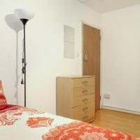 CARPENTERS HOUSE - DELUXE SINGLE ROOM 4
