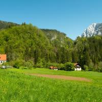 Turistična kmetija Stoglej, hotel in Luče