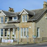 Rooms by No2 Troon Road, hotel in Troon