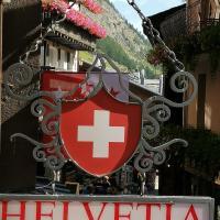 Petit Helvetia Budget Hotel, hotel in Zermatt