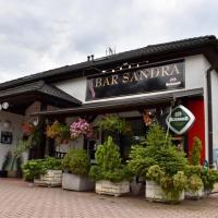 Bar Sandra, hotel in Bělkovice