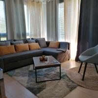 Beautiful appartement 6/8P proche Disney, hotel in Bussy-Saint-Georges