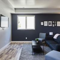 Hip 4 BR Contemporary Home + Luxury & Spacious, hotel perto de Aeroporto de Hollywood Burbank - BUR, Los Angeles