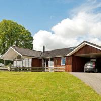 Four-Bedroom Holiday home in Sjølund 1