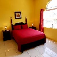 GreenSkies Tower Isles Jamaica - 1 & 2 Bedrooms, hotel in St Mary