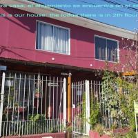 dpto entero, 1D1B, independiente, adosado a casa, hotel in Santiago