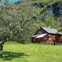 Holiday home Etne V, hotel in Etnesjøen