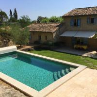 Typique Mas Provençal avec piscine privée dans le Luberon à Cheval Blanc, 6 prs - LS2-350 ROUMANTICO