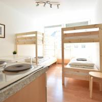 Simple Studio Apartment in Innsbruck, hotel near Innsbruck Airport - INN, Innsbruck