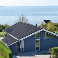 Four-Bedroom Holiday home in Faaborg 3, hotel in Bøjden