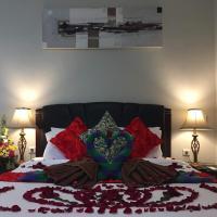 JANUR KUTA VILLA - 3 BEDROOM NEAR AIRPORT, Hotel in der Nähe vom Flughafen Ngurah Rai - DPS, Kuta