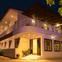 Crystal Sands Villa, hotel en Maafushi