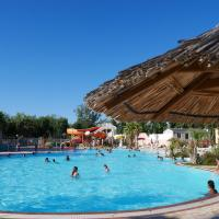 Camping Officiel Siblu Les Sables du Midi, hotel in Valras-Plage