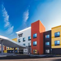 Fairfield Inn & Suites by Marriott Fresno Yosemite International Airport, hotel near Fresno Yosemite International Airport - FAT, Fresno