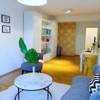 Chic & Stylish Apt in the heart of Las Cañitas, hotel near Jorge Newbery Airfield - AEP, Buenos Aires