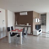 Apartamento ÁTICO, hotel in Valdepeñas