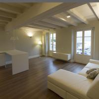 La Casa Del Porto, hotell i Lovere