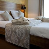 Gold Club Hotel & Casino, hotel in Ajdovščina
