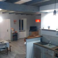 Maison à la campagne au cœur du Cantal dept 15: Marmanhac şehrinde bir otel