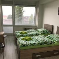 Rooms & Apartments Novohrad, hotel in Lučenec
