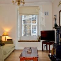 Comfortable 2 Bedroom Apartment On Historic Rose Street