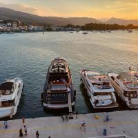 The Manessi City Boutique Hotel, hotel in Poros