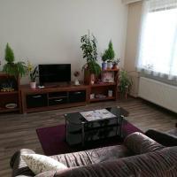 Spacious apartment near Brno. Samostatný byt v RD, hotel poblíž Letiště Brno Tuřany - BRQ, Šlapanice