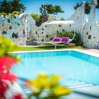 Los Moxaicos Tenerife, hotel in Costa Del Silencio