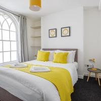 Perfect Pad in the heart of the city- sleeps 8!