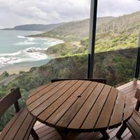 Wye Escape with amazing sweeping ocean views