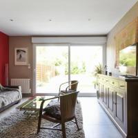 Quiet house with garden in Marcq-en-Baroeul 10 min from Lille - Welkeys