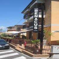 Hotel Benacus, hotell i Bardolino